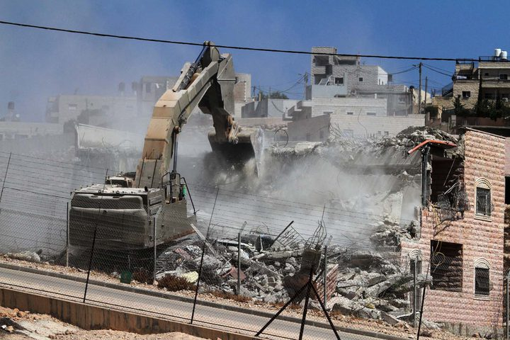 Ramallah: Occupation forces demolish a home in Beit Sira